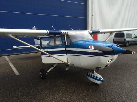 Foto Cessna 172 Aqua Omega