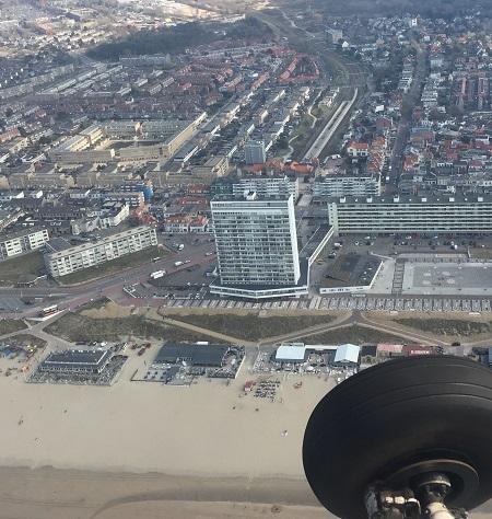 Ter hoogte van de Bouwensflat wordt er een cirkel gevlogen